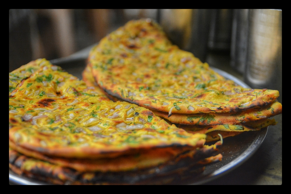 Sharaabi Parantha Anyone? This Place In Delhi Serves Drool-Worthy Boozy Paranthas That Will Make You Go High, High And Higher!