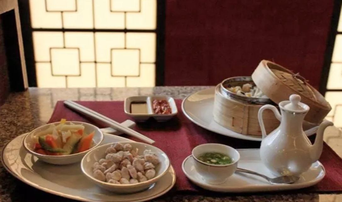 Hey Pune, A Lavish Pan Asian 4-Course Meal For Just INR 749. Could anything else make us happier?