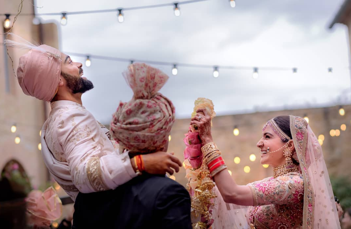 5 Reasons Why Kohli & Anushka's Marriage Is Asking Us All To Step Out & Celebrate :)